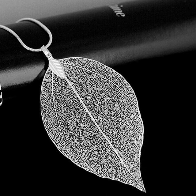 Long Chain Leaves Pendant Necklace 2
