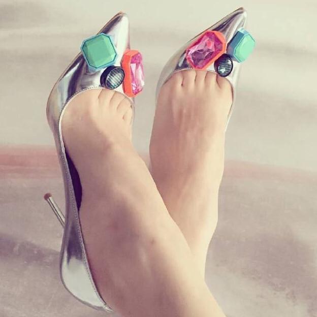 все цены на Fashion high heel pointed toe thin heel with colorful charm high heel shoes for woman big size 35-41 онлайн