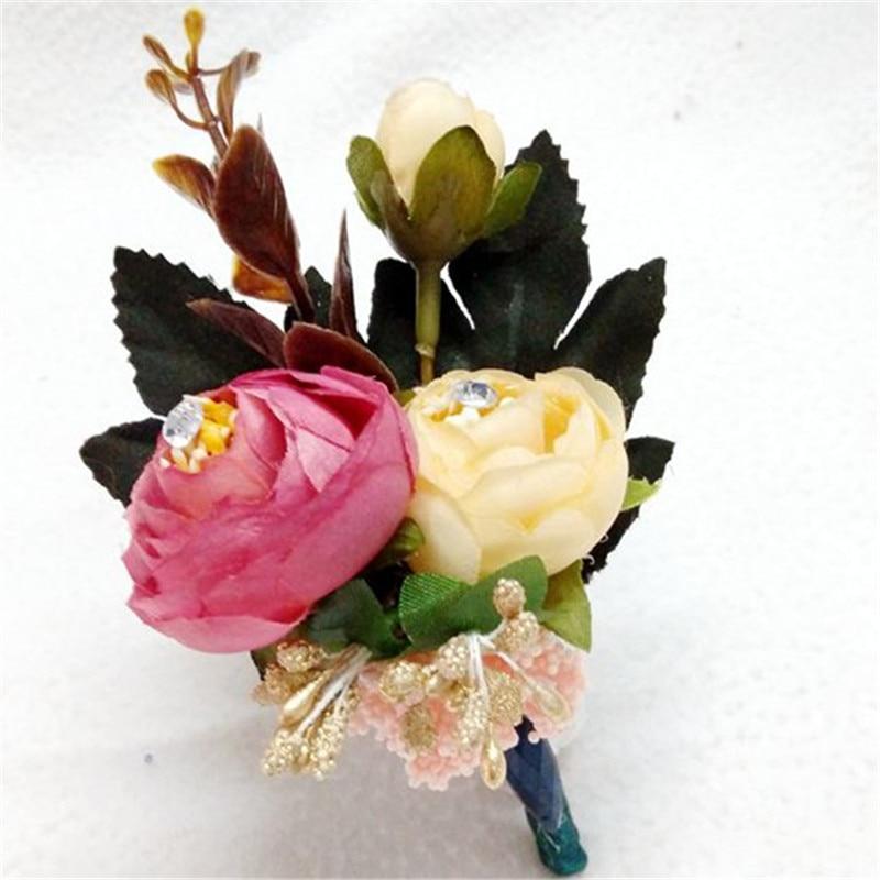 2017. gada jauna, rokām darināta īsta rožu ziedu korsete - Svētku piederumi