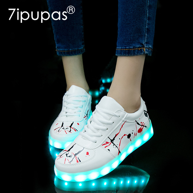 2018 New USB illuminated krasovki luminous sneakers glowing kids shoes children with sole led light up sneakers for girls&boys