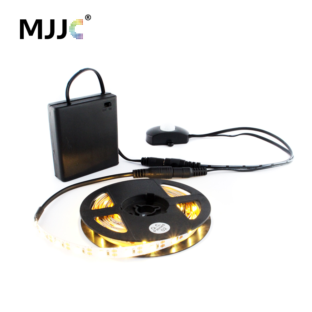 LED Light Strip Battery Powered 50CM 1M 2M LED Tape Battery Operated PIR Motion Sensor Activated Under Bed Night Stripe Lamp