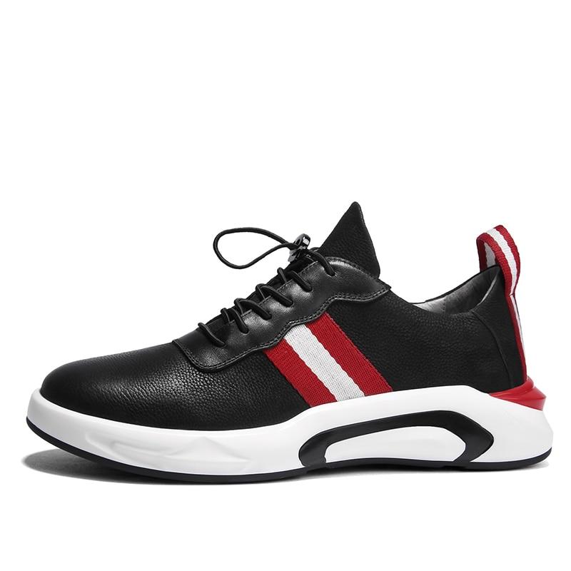 Zapatos de hombre de cuero genuino a la moda, Zapatillas negras resistentes al desgaste de fondo, calzado informal para adultos-in Zapatos informales de hombre from zapatos    2