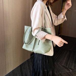 Image 3 - 2 Piece Large Women Shoulder Bag Set Ruched Crocodile Alligator Composite Bag Big Capacity Female Handbag Shopping Traveling Bag