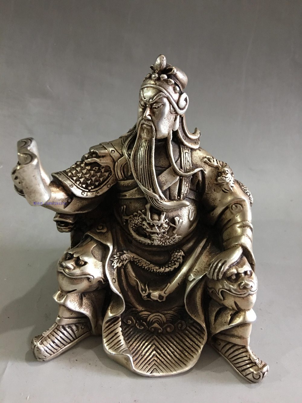 OLD COLLECTIBLE DECORATION TIBETAN SILVER CARVING GUAN GONG STATUE PENDANT