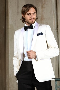 Classic Style Shawl Lapel Ivory Groom Tuxedos Groomsmen Wedding Dinner Prom Suits 2017 Business Men Wear Suits(Jacket+Pants+Tie)