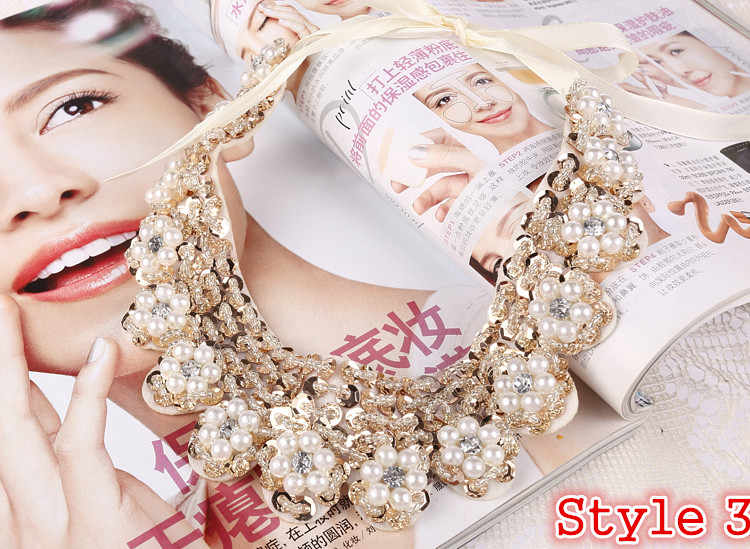 Heißer verkauf Mode frauen kristall multicolor blumen perlen gold kette Band Gefälschte kragen Choker Halsketten 12 Styles U wählen