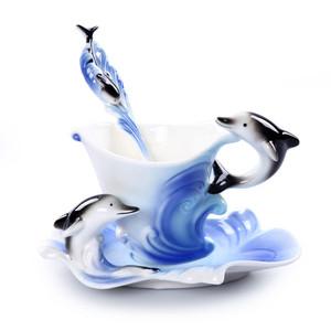 Image 4 - Emaliowane kubki do kawy kubki na herbatę z łyżeczką spodek zestawy Procelain Creative Drinkware Lover Gift