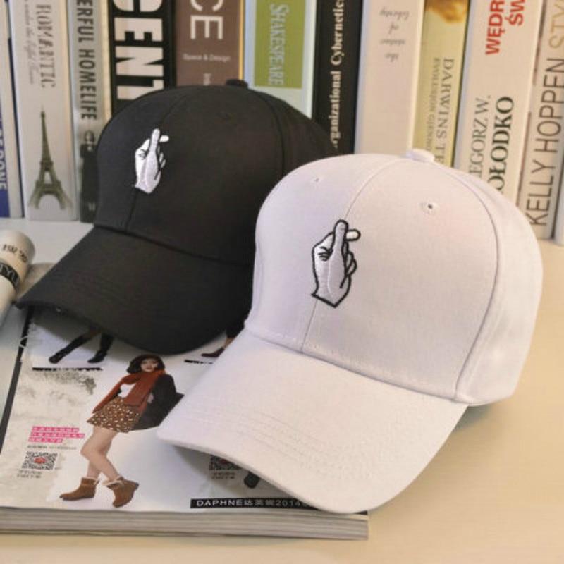 Fashion Summer women black baseball Cap with Embroidered pattern female Sport Hat Cap Snapback Sport female black peaked cap