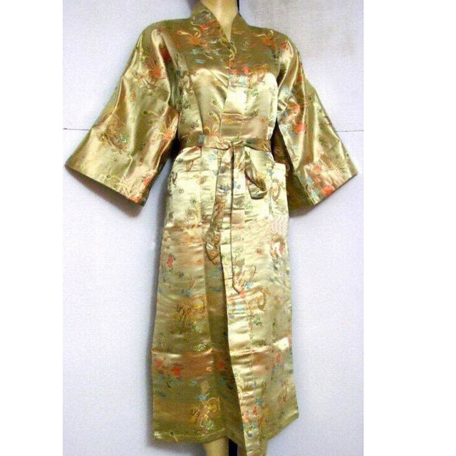 Moda Ouro Falso Roupão de Seda dos homens Chineses Roupa Ocasional Do Vintage estilo do Bordado Yukata Vestido Tamanho S M L XL XXL ZR15