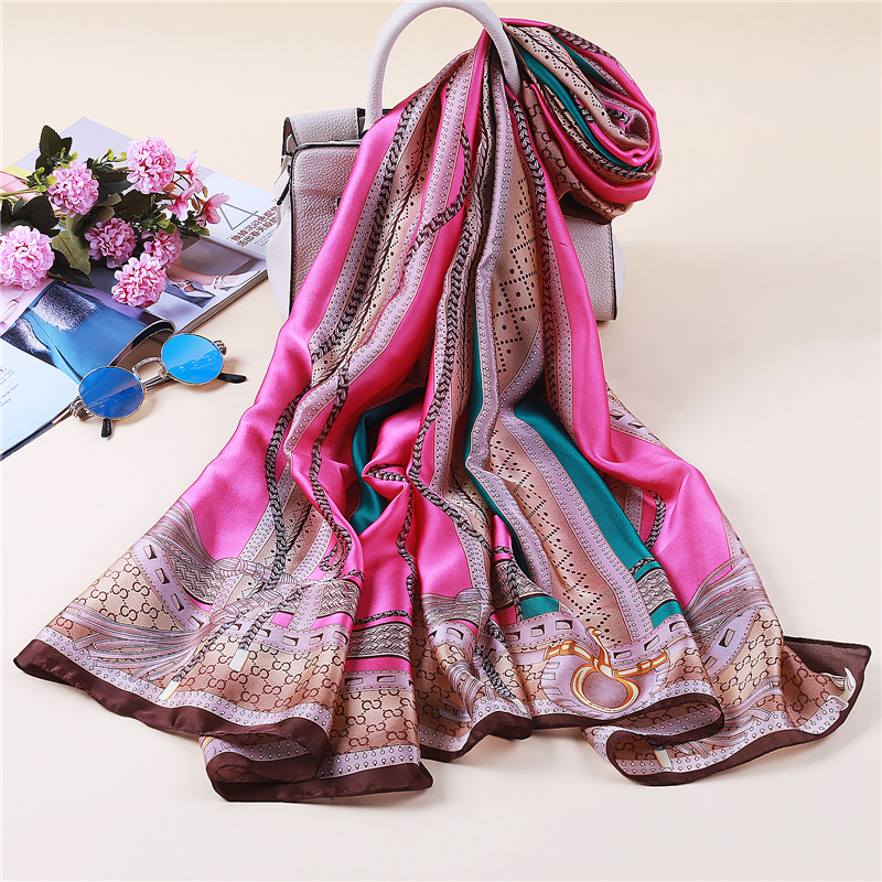 2019 New Womens Silk Scarfs Summer Sunscreen   Scarves   Chain Print Shawl and   Wraps   Beach Stoles Pashmina Hijabs