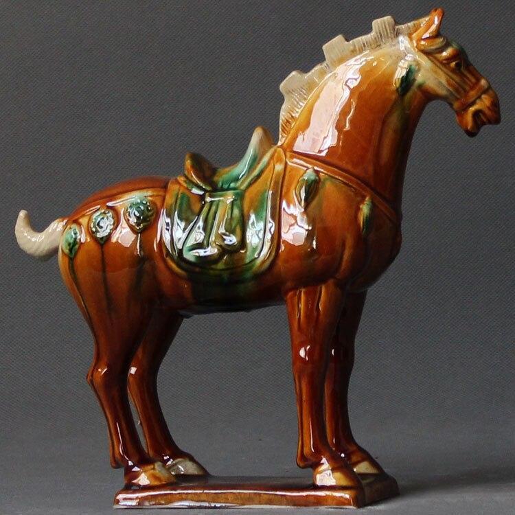Belle statue de cheval en céramique colorée classique chinoise