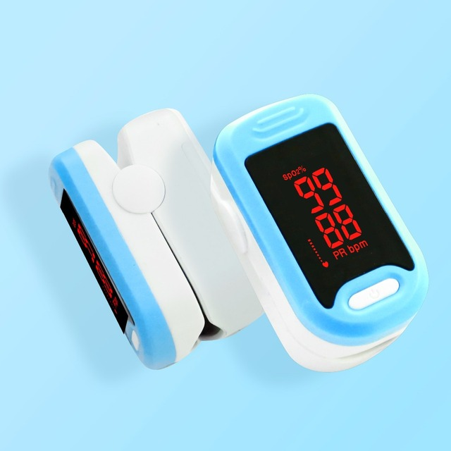 3 in 1 Health Care Set / LED Fingertip Pulse Oximeter + LCD Blood Pressure Monitor + Ear Infrared Thermometer 3