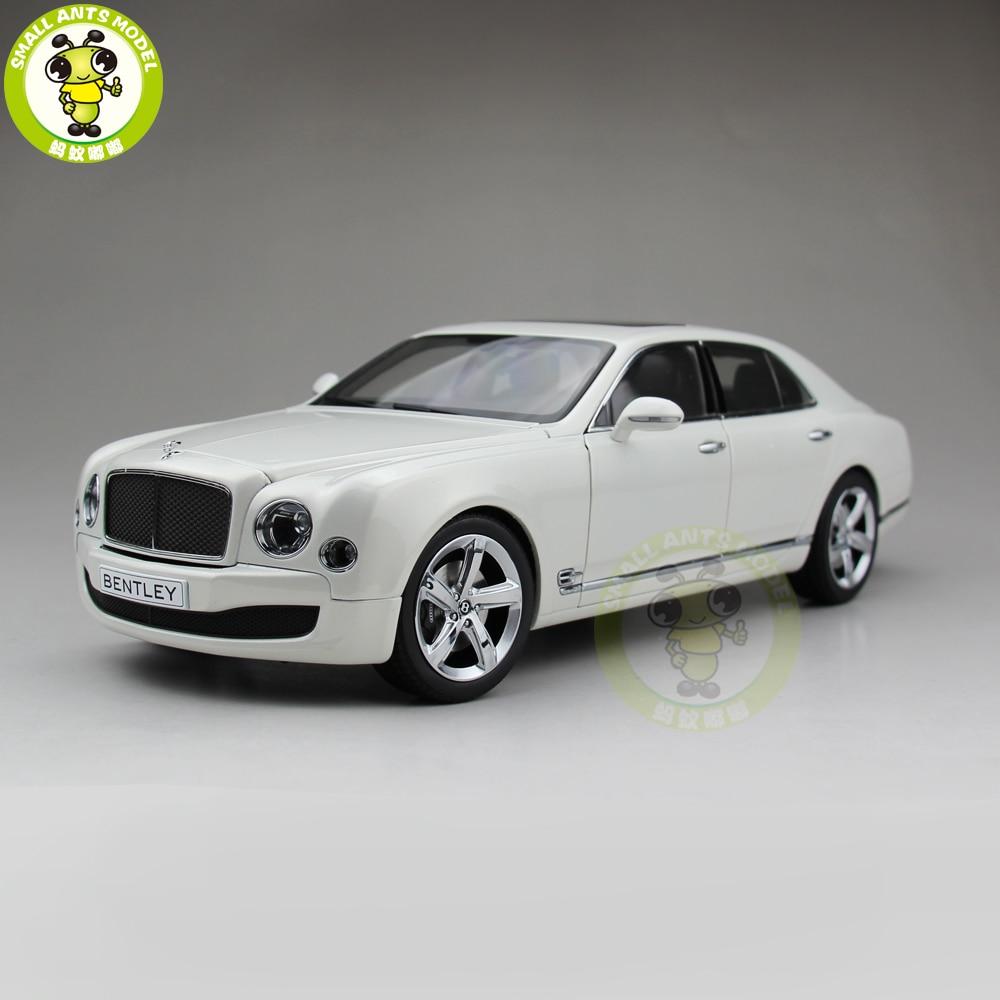 1/18 Kyosho Bentley Mulsanne vitesse moulé sous pression en métal modèle voiture jouet cadeau Collection passe-temps blanc