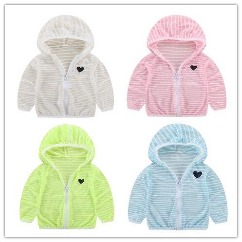 Тонкие Детские Костюмы для мальчиков и девочек в полоску с капюшоном Солнцезащитная одежда детское пальто рубашка на молнии Летний стиль