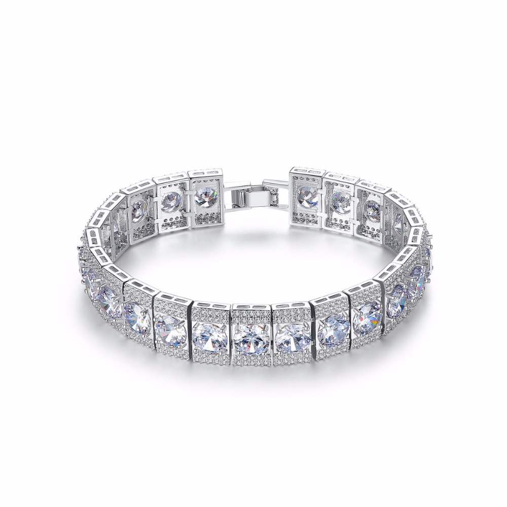 Luxurious Big Round with Tiny Clear Cubic Zirconia Crystal Charm Bracelet & bangle for Women Wedding Party Jewerly Gift