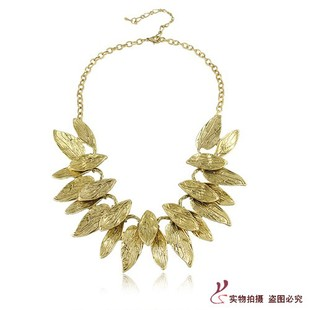 Free Shipping new jewelry accessories European fashion noble unique gold double layer leaves female necklace false collar women