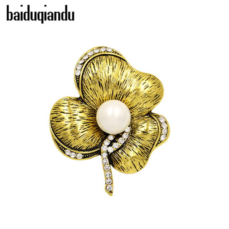 Antique Gold Tone Simulated Pearl