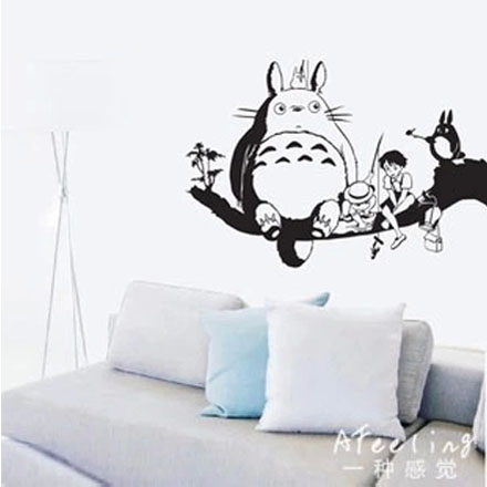 Totoro decal japanese cartoon totoro wall stickers decal for Decoration murale one piece