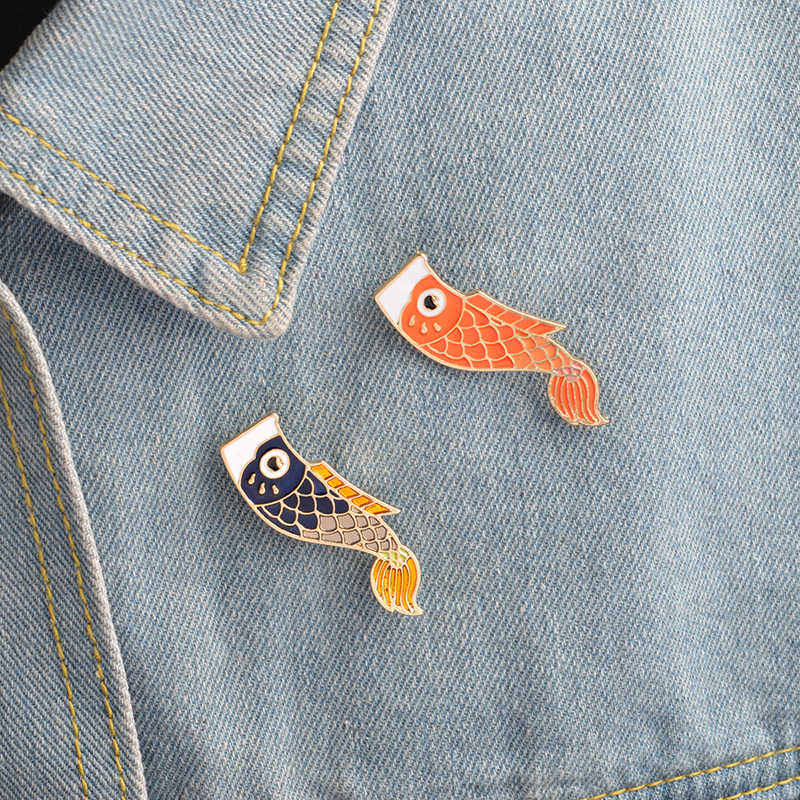 Yin Yang Fish Symbol Pins Chinese Taoist Theory Brooches Badges Backpack Lapel Enamel pins For Friends Gifts Jewelry wholesale