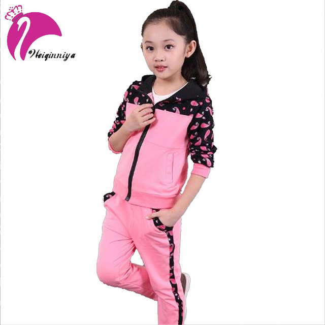 New Brand Spring 2016 Girls Sets Fashion Patchwork Print Hooded Cotton Sets Sport Style 2 pieces Candy Suits Children's Clothing