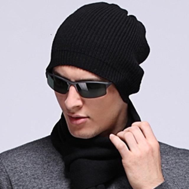 Hombres Monocromas Calientes de Lana Boina Casquillo Hecho Punto Invierno de la Gorrita Tejida Suave sombreros de Moda de Lujo 2017 Marca Estilo Coreano Sombrero de Rayas Verticales S6