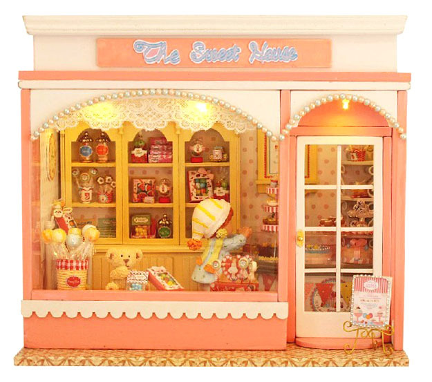 DIY Wooden Dollhouse Cute Kawaii Candy Store Miniature