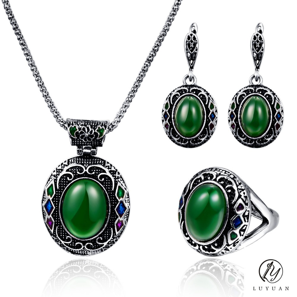Fashion Vintage Resin Stone Women Jewelry Sets Trendy Enamel Oval Necklace Sets Earring Jewelry Classic Carved