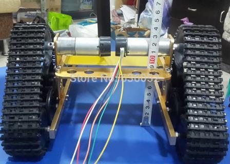 Golden Yellow RC Tank Chassis Wireless Remote Control Caterpillar Tractor Brrandloand Robot Wall-e Car UNO R3 Atmega цена