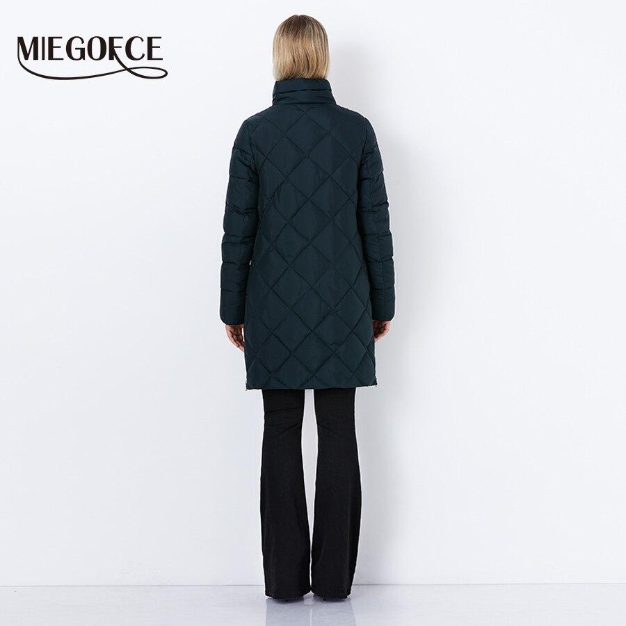 MIEGOFCE 2018 Новая зимняя женская био-пух верхняя одежда женское пальто модный фасон высокое качество куртка с шарфом в комплекте