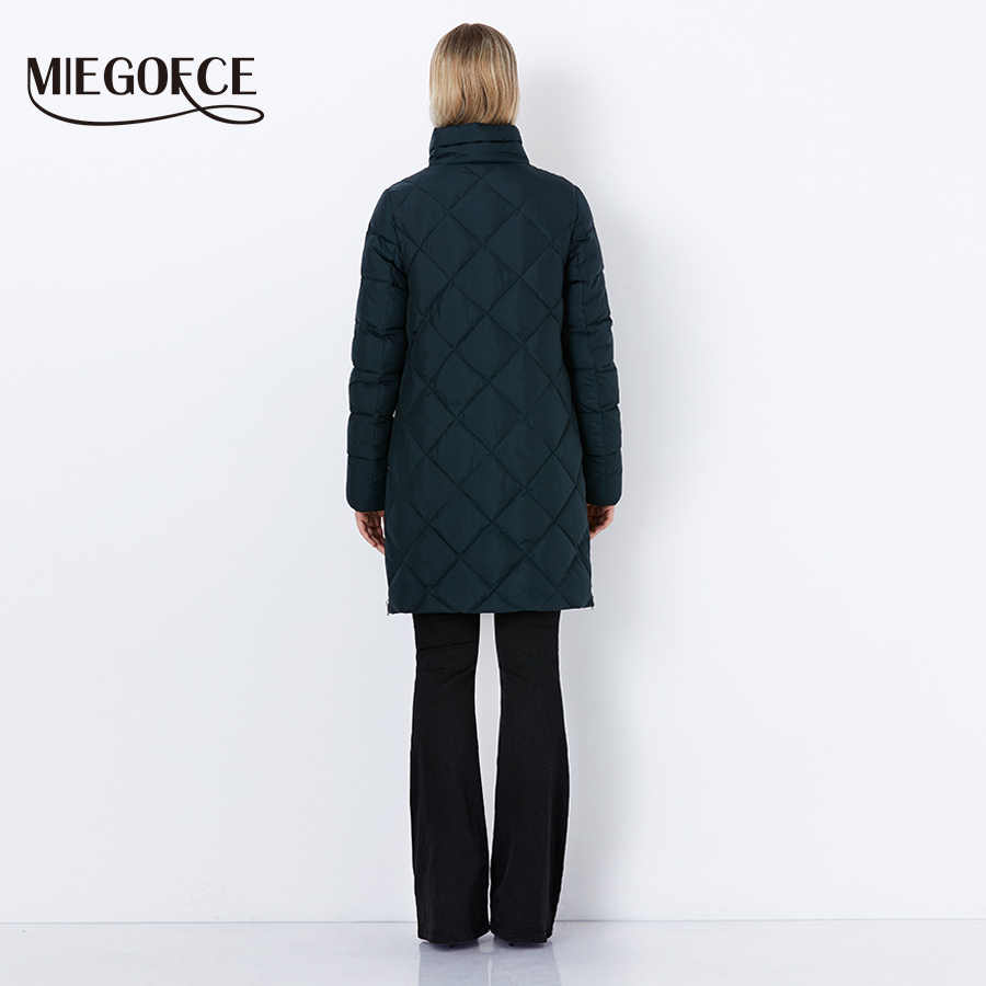 MIEGOFCE 2019 New Winter Women's Coat Bio Fluff Outerwear Parkas Fashion Style High Quality Jacket With Scarf Warm Women Coat