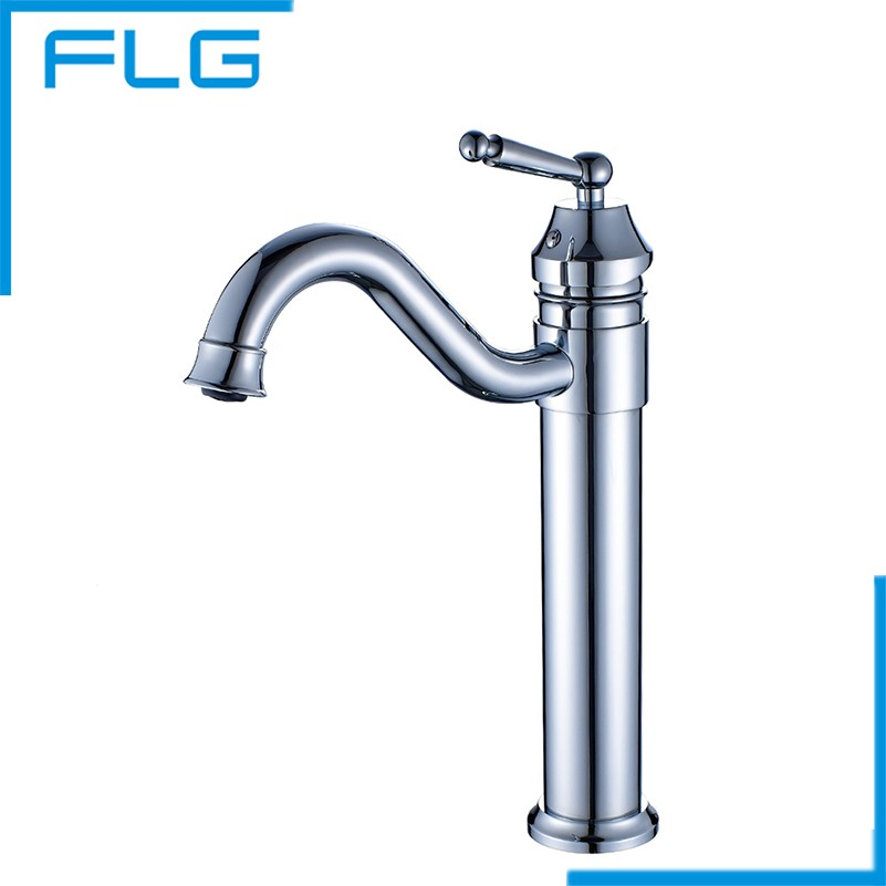 Newly Water Bathroom Faucet Single Handle Mixer Deck Mounted chrome Basin Sink Faucet Tap