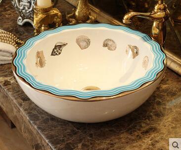 On the ceramic art basin European Mediterranean toilet lavatory sink household