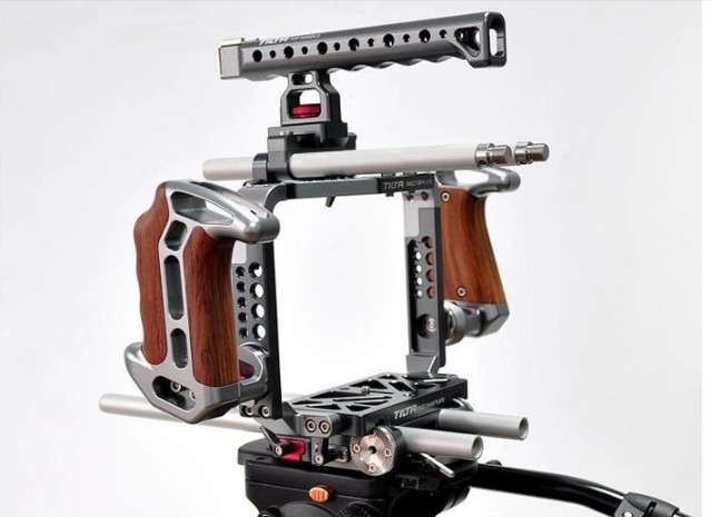 Tilta ES-T07 BMCC rig Pro kit for BlackMagic Camera Cage + Baseplate Wooden handle free shipping цена 2017