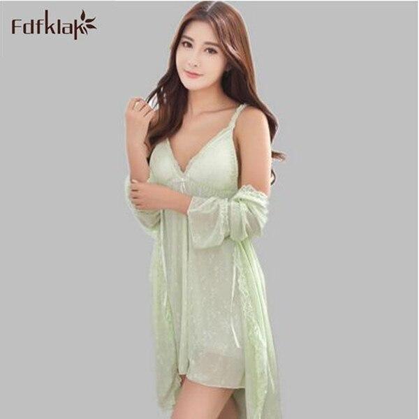 Trajes atractivos para las mujeres 2017 nuevo de la manera corta delgada de vestir vestidos para las mujeres de alta calidad de 2 unidades de dormir conjunto albornoz A92