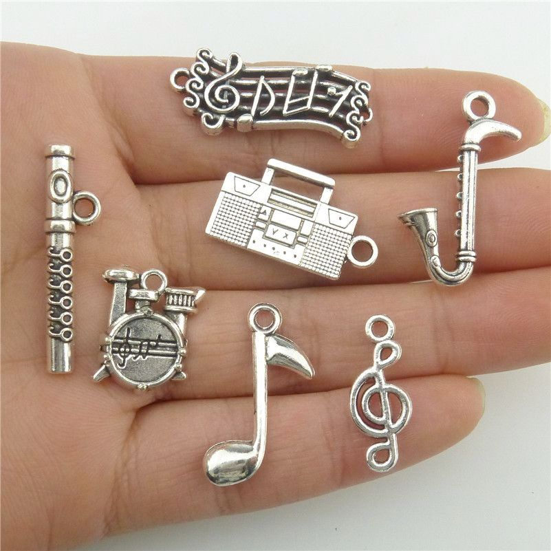 Pendants Spirited Glowcat B8q264 Mixed 7pcs/set Flute Tube Musical Note Radio Saxophone Music Instrument Designs Jewelry Pendant