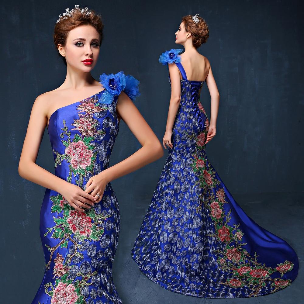 Вечерние платья в вышивкой стеклярусом