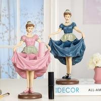 Lipstick Rack Decorative Crafts Pretty Girl Figurine Lipstick Holder Decors Creative Cosmetics Frame Storage Rack Display