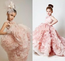 2016 Pink Tiered Ball Gowns Flower Girls Dresses Lace Long First Communion Dress For Girls Little Girls Pageant Dress