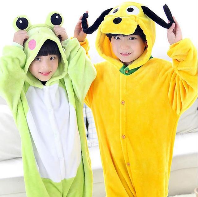 Inverno Quente de manga Longa Conjunto de Pijama Vermelho Crianças Cão Dos Desenhos Animados e Sapo Cosplay Animais Meninos Meninas Macacão Flanela Crianças Sleepwear