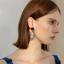 Picasso Face Abstract Art Asymmetric Metal Hollow Double Human Earrings for Women Figure Dangle Earring Jewelry O835