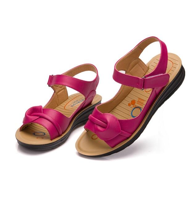 46f514fd15428 2018new Summer Women Genuine Leather Sandals Ladies Flat Sandials Ankle  Strap Fashion woman Casual Platforms Soft Shoes siz35-41