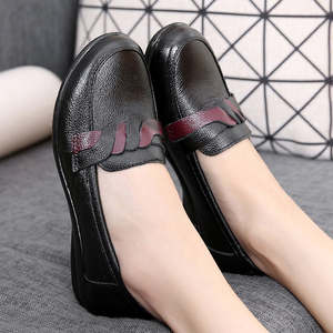 Image 5 - Womens shoes black shoes women flats leisure round toe ladies flats large size 41 genuine leather shoes sapato feminino