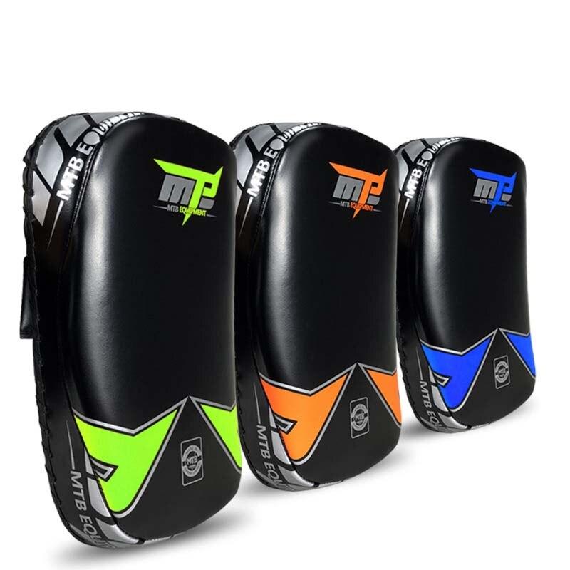 1 pièce Micro PU Épais MMA Sparring Muay Thai Boxing Tampons Coups de Pied Bouclier Point Cible Arts Martiaux Formation Équipement 2019 EO