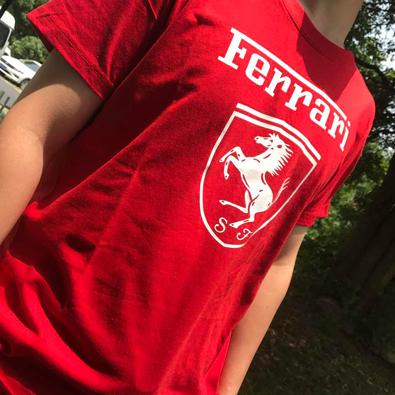 GUYI White FERRARI Print Letter Male   T     shirt   Men Summer   T     shirts   O-Neck Solid Color Vetements Casual Car Tshirt Clothes 2019 Boy