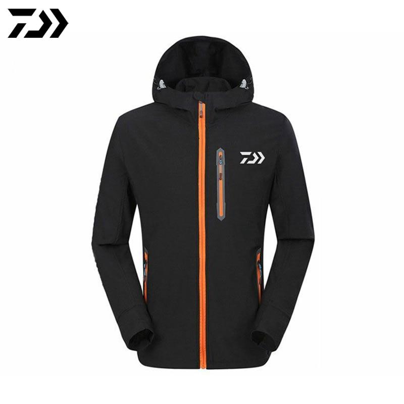цена на 2017 DAWA DAIWA Man Outdoor Sport Windbreaker Running Fishing Jacket Quick Dry Anti-UV Sunscreen Fishing Clothes Climbing Coat