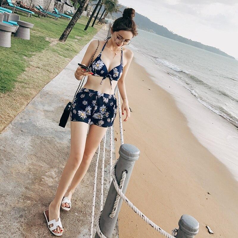 где купить 2017 Girls Bikini Set Four Piece Swimwear Retro Swim Suits For Women Sexi Flower Bathing Swimsuit Biquini Beachwear Biquine Blue по лучшей цене