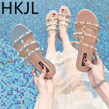 HKJL 2019 spring and summer new rivet sandals female casual thick heel with low patent leather slippers A264