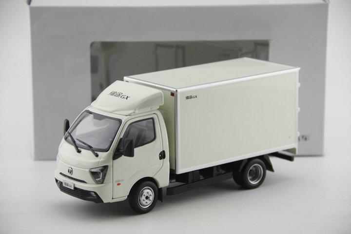 Model of alloy truck for 1:35 GX van Collection model The door opens