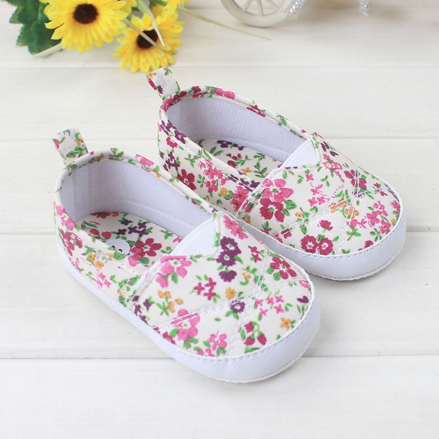 Sweet Princess Girls Flower Shoes Kids Child Cute Small Floral Soft Bottom  Anti-slip Footwear Casual Beautiful Baby Girl Shoes 20d867363fcd