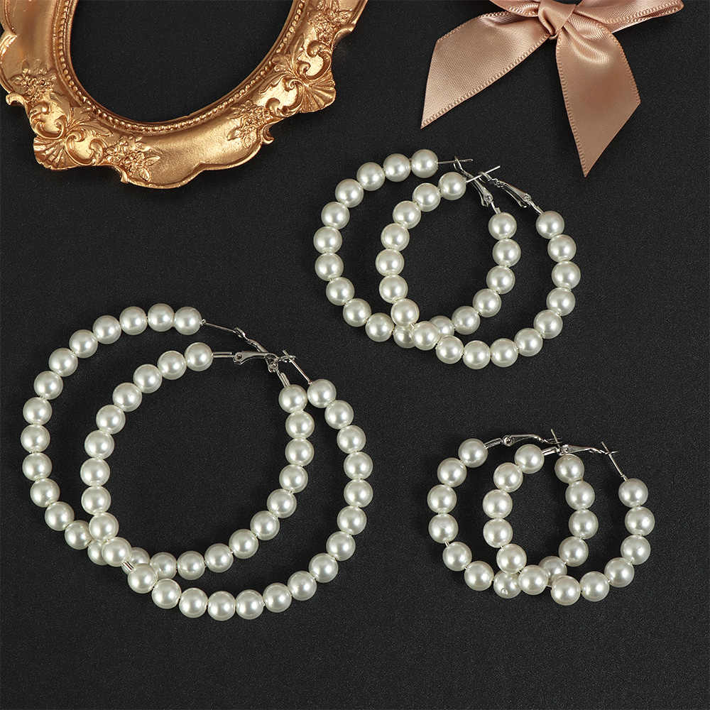 1 Pair Elegant White Pearls Hoop Earrings Women Oversize Pearl Circle Ear Rings Earrings Fashion Jewelry